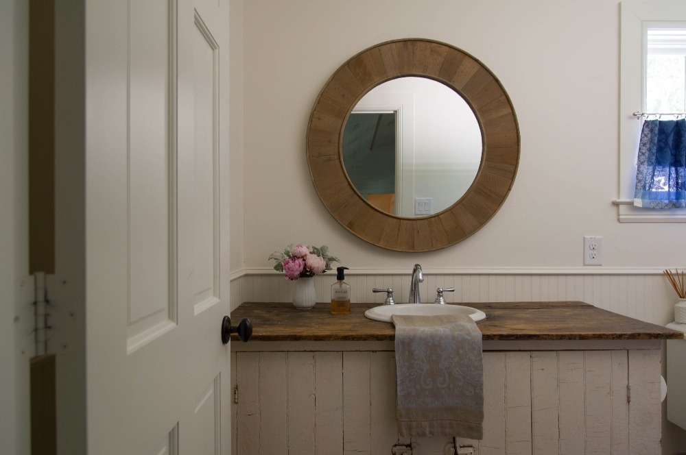 Rustic powder bathroom at Cliffbrook. Curated by Kristin Mullen.